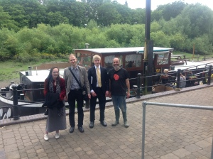 Here are Pamela, Ben, Alex and Carl (the boss) on the wharf where Cathja is moored in Isleworth, Middlesex